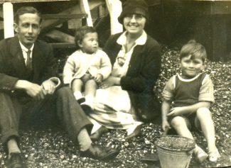 Hawks family at Leigh | Ian Hawks