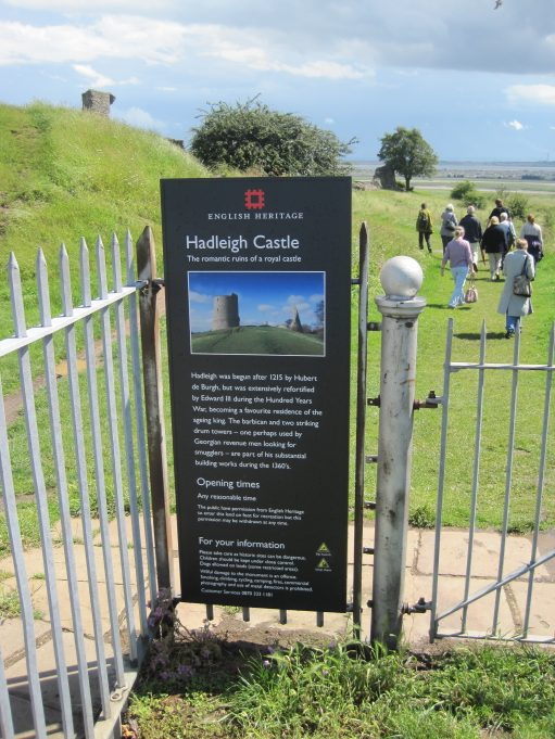 Smart new sign at the approach to Hadleigh Castle | Lynda Manning