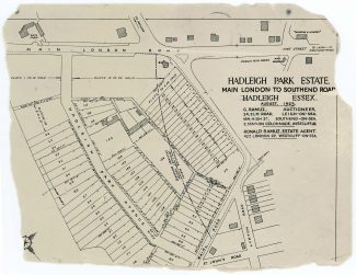 Click to open in a bigger window. The 1923 Auctioneer's plan. The parish boundary went through the porch of Victoria House   Found by Iris Smith in the loft of 25 Hadleigh Park Ave. - the bungalow with the Sequioa in its garden