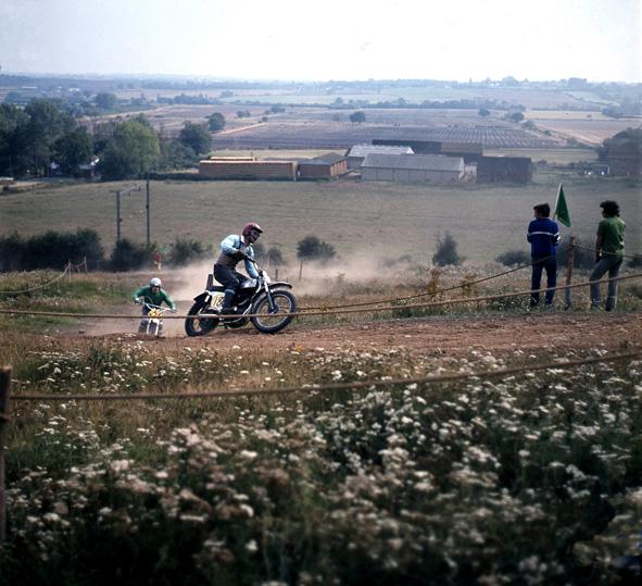 A rural setting... | © Robert Hallmann