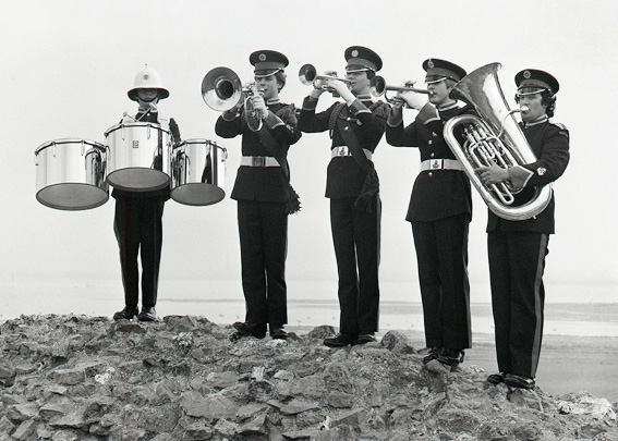 From left: Chris Slack, Dicky Cerson (son of Norman Cerson, Band Chairman), Colin Rigby, Chris ......? and Paul Manners on tuba | © Robert Hallmann