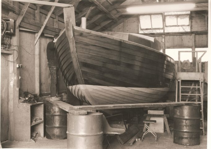 Inside Finesse Yacht's building shed around 1980. | A F Platt (Nick Ardley)