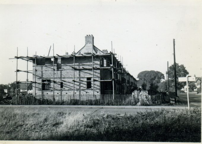 Building of 85 at the north corner of Hart Road and Park Road. | Ian