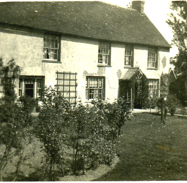 Cross Farm Farmhouse, 1930s | Ian