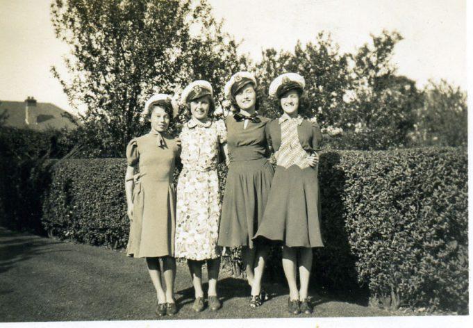 Erica Hawks, Eileen Antill, Pauline & Thelma Webb | Ian