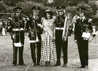 A  young lady and members of Hadleigh Boys Band at the 1975 Runnymede Fayre | Robert Hallmann
