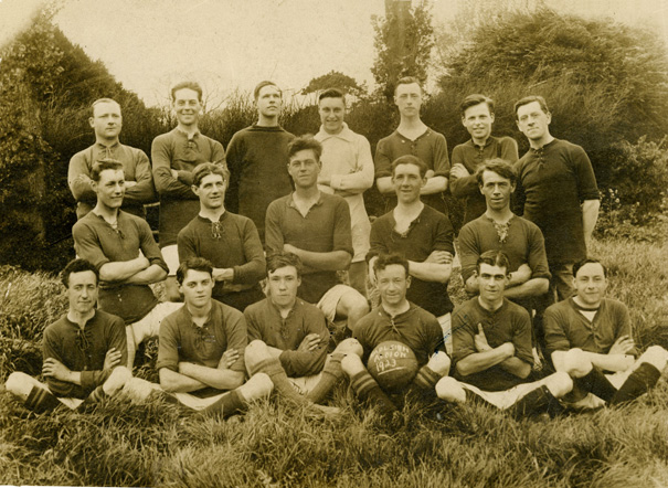 The Hadleigh Albion Team in 1923 | Gill and Colin Blackall