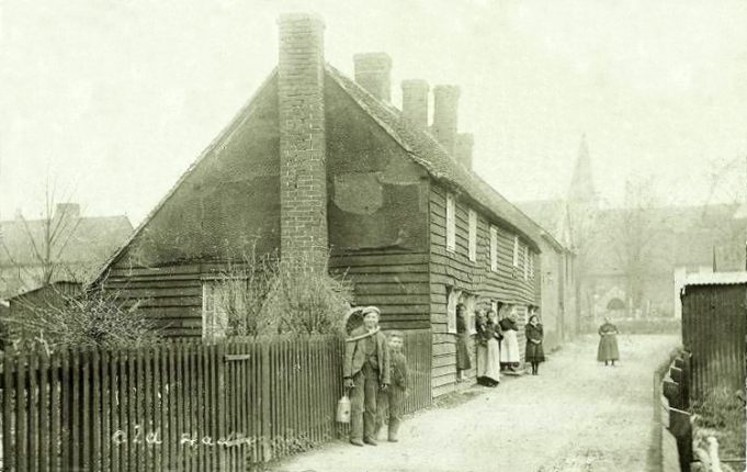 According to an old Tithe Map Murrell's was the weatherboarded cottage nearest to the church. | Thanks to Malcolm Brown