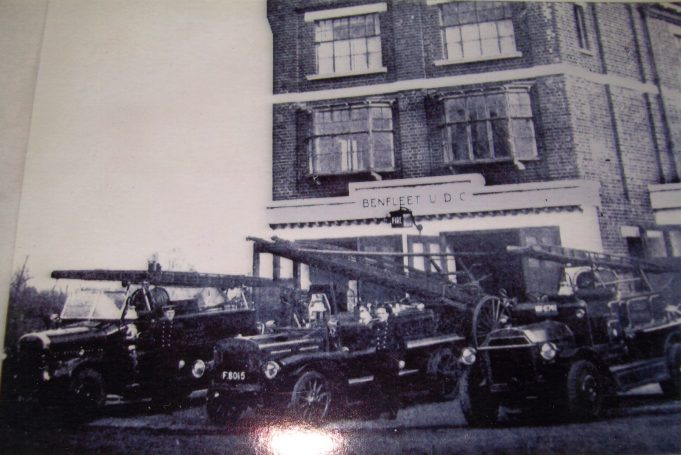 Hadleigh Fire Station 1955 | Alice Chafer