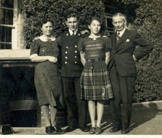 Doris,Ian,Erica & Leslie Hawks 1941 | Ian