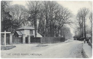 The Gate Lodge stood facing the Four Wanz or Hadleigh Cross. This postcard is stamped 1908 | Author's Collection