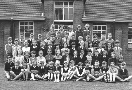 Hadleigh Junior School - The Class of '66