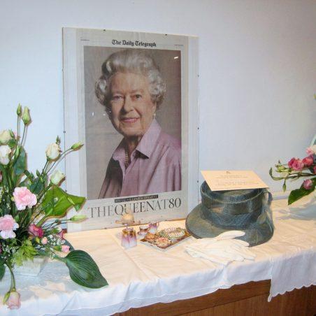 Garden parties - by Janet O'Neill | Lynda Manning