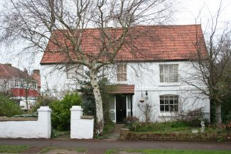 Leigh Park Farm cottages today are on the corner of Olive Avenue and Walker Drive, Highlands Estate.   Graham Cook