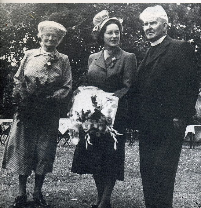 Mrs.Maley, Mrs.Bernard Braine, [MP's Wife]. Rev.Maley
