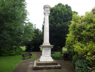 Hadleigh War Memorial in 2016 | Click on the pictures to enlarge them