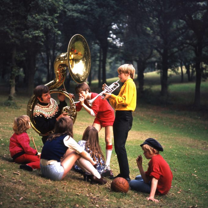 Innocent fun of childhood | © Robert Hallmann