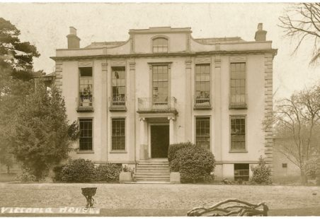 Where was Hadleigh House?