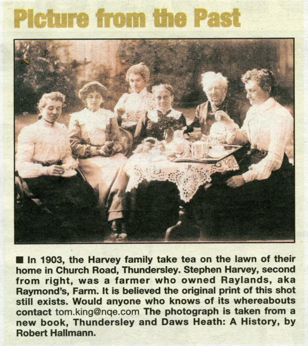 Harvey Family Thundersley | (Echo Letters 20.7.2015)