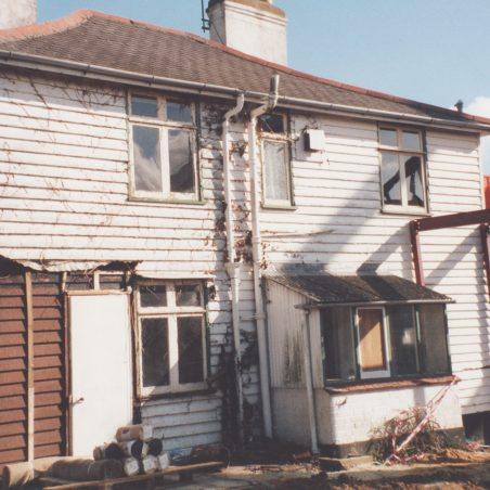 This late 1980's photo show the cottages in a poor state of repair. | Derek Barber collection