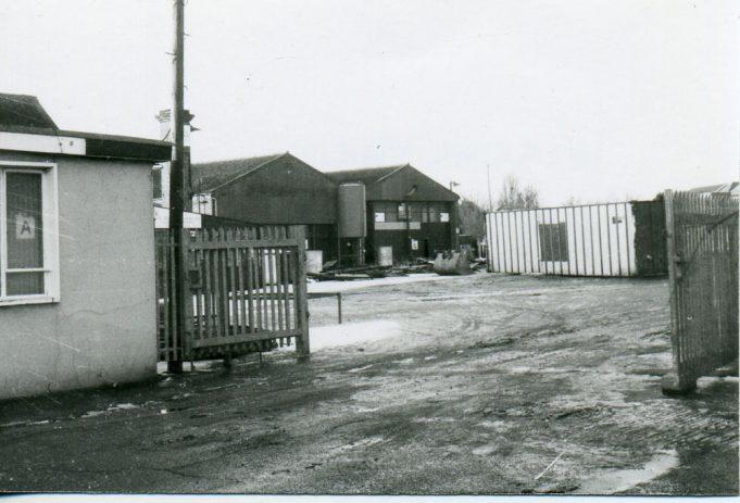 Yard entrance   Ian Hawks