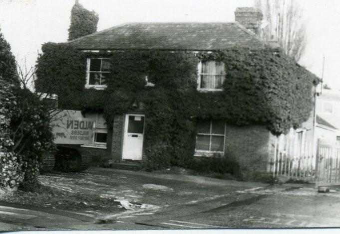 Old Raymonds farm house   Ian Hawks