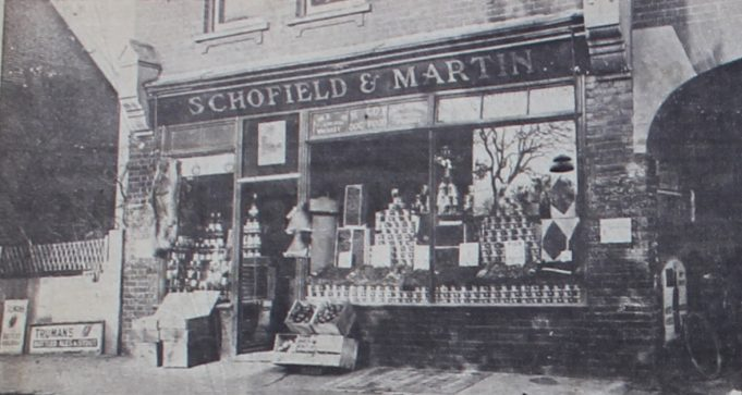 Schofield and Martin store in Hadleigh High Street 1923.