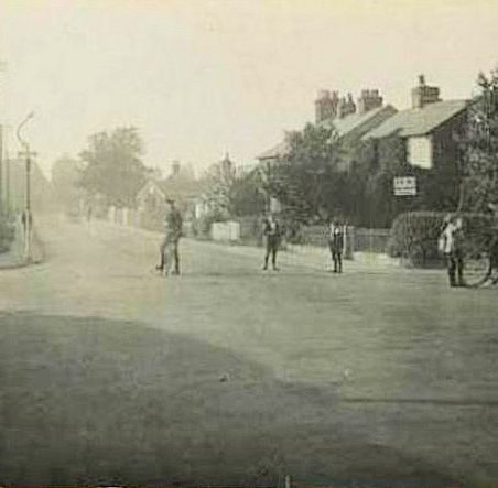 Along The Causeway/London Road; Common Hall Lane to the right | Eileen Gamble